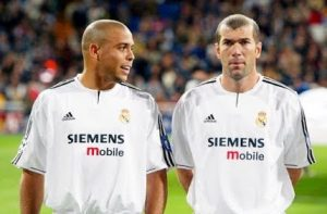 Ronaldo R9 Real Madrid Zidane